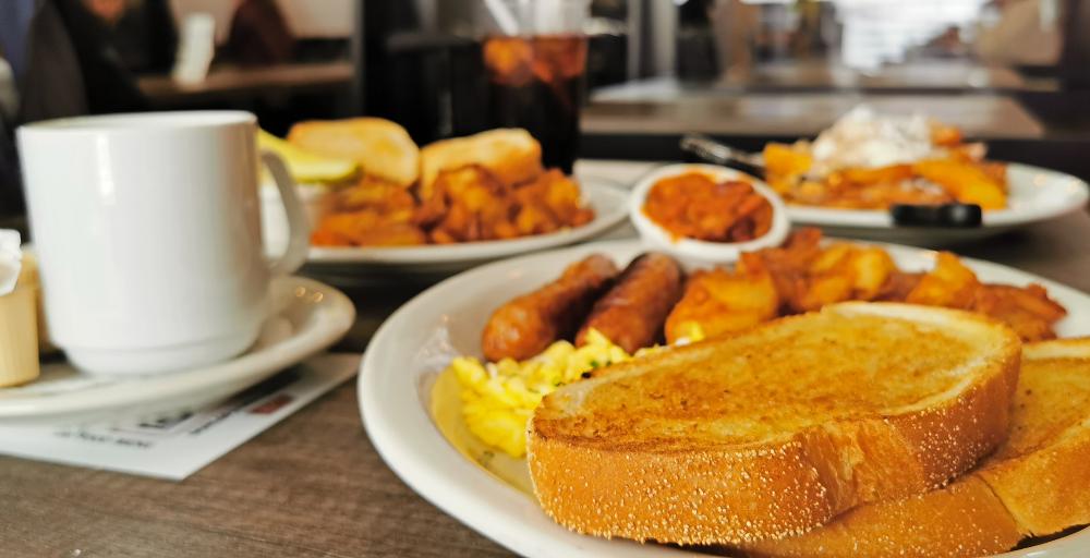 breakfast at Dunlop Street Diner
